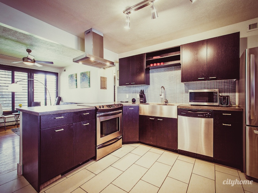 Salt-Lake-Remodeled-Condo-For-Sale-21