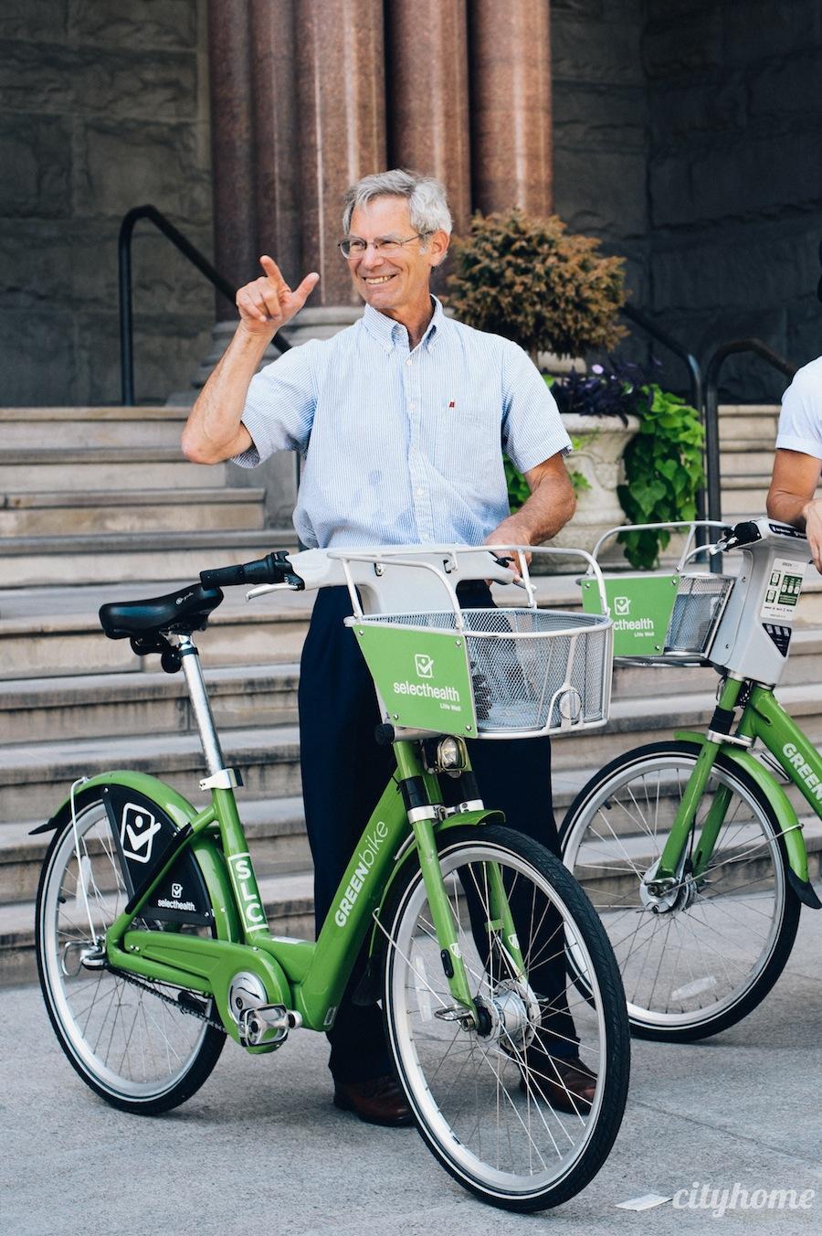 alternate-transportation-mayor-becker-30