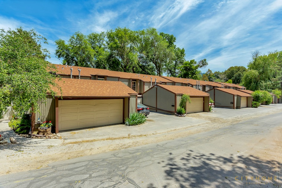 5461-s-willow-ln-18